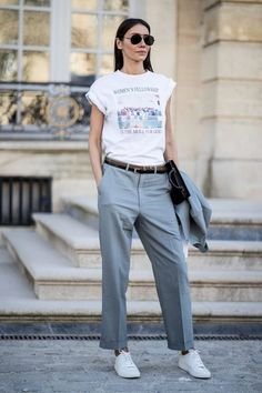 20 Outfits To Try This Spring 20 Outfits To Try This Spring Business Outfit Frauen Casual Outfit Frauen The post 20 Outfits To Try This Spring appeared first on New Ideas. Business Outfit Frau, Business Outfits, Athleisure Trend, Fashion Week Paris, Autumn Street Style, Street Style Looks, Mode Outfits, Casual Outfits, Cool Street Fashion