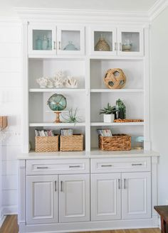 Navy and Neutral Fall Living Room + Kitchen Tour - Sand and Sisal Sisal, Fall Living Room, Living Room Kitchen, Living Rooms, Coastal Family Rooms, Painting Laminate Furniture, White Wash Brick, Staircase Makeover, Beach House Decor