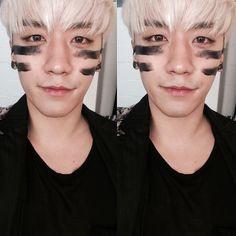 "Seungri's instagram update ""고양이 "" so cute"