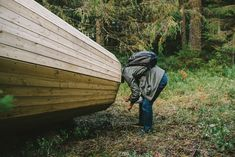 A group of interior architecture students in Estonia have built giant wooden megaphones that amplify the natural sounds of the forest. The installation Installation Architecture, Sound Installation, Interior Architecture, Forest Sounds, Journal Du Design, Sound Art, Acoustic Panels, Nature Center, Architecture Student