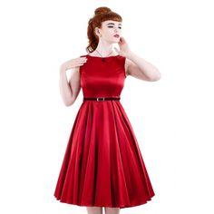 Hepburn är en underbart elegant 50tals klänning inspirerad av Audrey Hepurn i vinröd bomullsatin