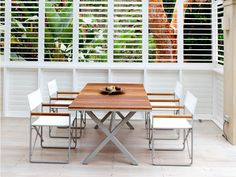 With a folding mechanism for convenient storage and mobility, teak accents, and a 1-¾ inch, solid aluminum frame, the LCA mixes detail and quality with everyday functionality. By the beach, or on the patio, the LCA can be taken with you on any outdoor adventure. #LCAdirectorchair #Harbouroutdoor #outdoorfurniture #dawsonandco #outdoorchair