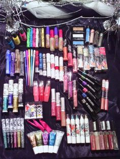 20 Piece Hard Candy & More Cosmetic/Makeup Lot
