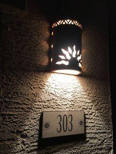 4 Wonderful Useful Tips: Rustic Lamp Decoration rustic outdoor patio.Modern Rustic Diy rustic crafts for men. Rustic Desk, Rustic Office, Rustic Art, Rustic Industrial, Rustic Logo, Rustic Chair, Rustic Shelves, Rustic Theme, Rustic Signs