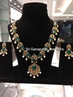 Beautiful necklace having meena design. Necklace studded with emeralds. Necklace with pearl hangings. Emerald Necklace, Emerald Jewelry, Gold Earrings Designs, Necklace Designs, Gold Jewelry Simple, Indian Jewellery Design, India Jewelry, Beautiful Necklaces, Bridal Jewelry