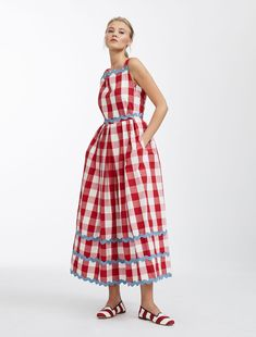 Cotton canvas dress, cherry - Weekend Max Mara Product page Mode Outfits, Dress Outfits, Fashion Dresses, Dress Up, Poplin Dress, Check Dress, Max Mara, Full Skirts, Everyday Dresses