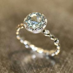 Most beautiful engagement ring ever♡