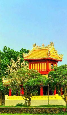 vietnam , hue city , trungviet kingdom
