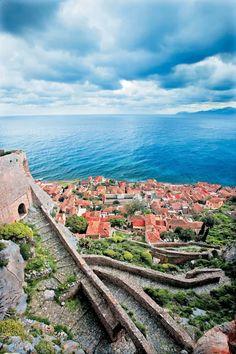 Monemvasia Beautiful Islands, Beautiful Places, Monemvasia Greece, Travel Around The World, Around The Worlds, Corinth Canal, Greek Beauty, Paradise On Earth, Greece Islands