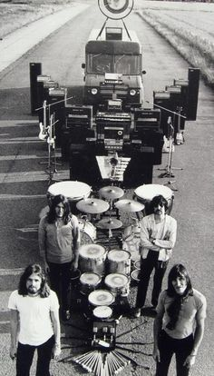 Pink Floyd, 1969 David Gilmour, Music Love, Music Is Life, Rock Music, Ozzy Osbourne, Great Bands, Cool Bands, Rock And Roll, Musica Punk
