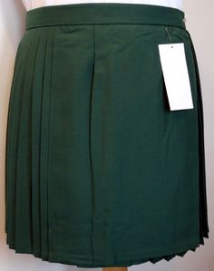 Available in a range of different sizes. Suitable for use at school or as general training kit. Velcroe and catch fastening. Traditional wrap around style. PLEATED GAMES SKIRTS. BOTTLE GREEN. (My name is Andy.). | eBay!