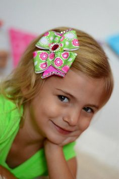 Averi Simple and Sweet Bow by ElizasBowtique on Etsy, $6.50
