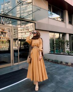 Muslim Fashion 54746951707746887 - Source by tussieaulika Modern Hijab Fashion, Hijab Fashion Inspiration, Muslim Fashion, Mode Inspiration, Modest Fashion, Fashion Clothes, Fashion Dresses, Muslim Girls, Muslim Women