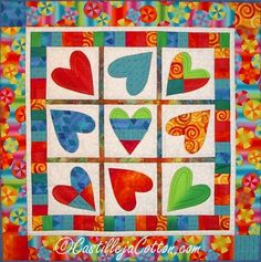 Spinning Hearts Quilt Pattern + Free Fusible Applique Video Tutorial #quilting #ValentineDIY #applique