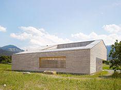 Haus im Feld | Sulz, Austria | Bernardo Bader | photo by Adolf Bereuter