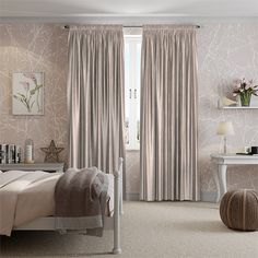This curtain is a real treat combining neutral colour with lots of silk-like character, think slubs and discrete lustre. The delicate colour is light brown but with plenty of silvery grey tones too.