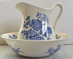 Charlotte Floral Blue Transferware Wash Bowl - Basin and Pitcher Baske
