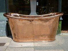 to die for: French Copper Bateau Bath French Bathroom, Victorian Bathroom, Laundry In Bathroom, Small Bathroom, Bathrooms, Claw Foot Bath, Industrial Interior Design, How To Clean Furniture, French Chic