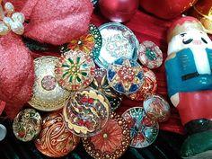 贈りたい♪贈られたい♪チェコガラスボタン到着!! | [服飾館6F-A]ボタン・バックルフロア | 生地、手芸用品のオカダヤ(okadaya)公式ショップブログ