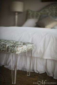 bench but use navy fabric  PortfolioPortfolio @ Janie Molster DesignsJanie Molster Designs
