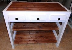 Easy and affordable DIY kitchen Island (only $30).