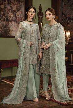 Pakistani Formal Dresses, Pakistani Fashion Casual, Indian Fashion Dresses, Pakistani Dress Design, Indian Designer Outfits, Pakistani Outfits, Designer Party Wear Dresses, Kurti Designs Party Wear, Salwar Kameez