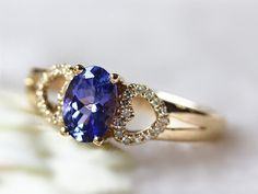 An antique-looking tanzanite ring.