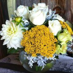 Yosemite wedding flowers centerpiece.