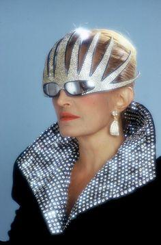 Look : avant Lady Gaga, il y avait...Dalida !
