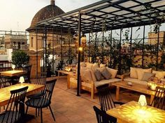 The rooftop bars in Valencia all have something to offer, but the Petit Bistro combination of comfortable furniture and stunning views make it extra special Hotels In Valencia, Valencia Restaurant, Valencia City, Valencia Shopping, Valencia Old Town, Outdoor Restaurant, Best Rooftop Bars, Spain And Portugal, Alicante