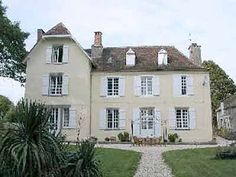 I have always wondered how French country houses and cottages like the ones shown below became so ornate and complicated on American…