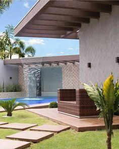 Bom diaaaaa Boa quarta! Cascata e pergolado, trouxeram um charme extra á piscina! Projeto @giordanorogoski. . #bomdia #goodmorning #buendía #bonjour #piscina #cascata #architecture #arquitetura #bloggers #residence #top #house #decor #design #luxuryhomes #furnituredesign #inspiracao #archdesign #archdecor #meinspireinofabiarquiteta #blogfabiarquiteta #fabiarquiteta
