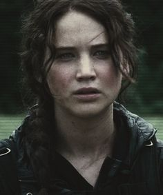 katniss everdeen. jennifer lawrence.