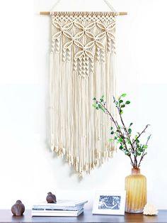 Macrame Wall Hanging Patterns, Weaving Wall Hanging, Large Macrame Wall Hanging, Macrame Plant Hangers, Free Macrame Patterns, Macrame Wall Hangings, Diy Crochet Wall Hanging, Crochet Wall Art, Yarn Wall Art
