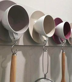 Cups as a wardrobe. Creative upcycling for old tea cups.Cups as a wardrobe. Creative upcycling for old tea cups.Cups as a wardrobe. Creative upcycling for old tea cups. Cups as a wardrobe. Creative upcycling for old tea cups. Coffee Shop, Coffee Cups, Tea Cups, Coffee Plant, Coffee Company, Coffee Maker, Recycling, Reuse Recycle, Diy Casa