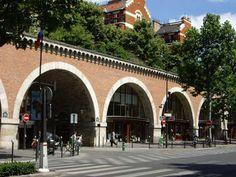Viaduc des Arts avec la Coulée Verte juste au-dessus, proche de la Bastille et du faubourg St Antoine, Paris 12ème
