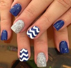 Nautical chevron nail art summer nail ideas Discover and share your nail design ideas on www.popmiss.com/nail-designs/