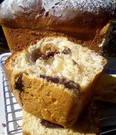 Κέικ σαν τσουρέκι: Μοναδική συνταγή για κέικ με γέμιση μερέντα που γίνεται σκέτος αφρός Bread Recipes, Cake Recipes, Cooking Recipes, Bread Cake, Afternoon Tea, Cupcake Cakes, Cupcakes, Banana Bread, Cheesecake
