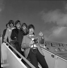 The Beatles - Arrival