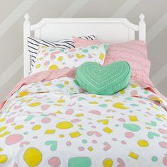 Pattern Party Bedding - designed with shapes that feel graphic and youthful but also modern and on-trend. Land of Nod O- Oh Joy