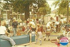 Wonderland Eindhoven (jaartal: 1970 tot 1980) - Foto's SERC Eindhoven, Wonderland, Youth, History, Painting, Historia, Painting Art, Paintings, Painted Canvas