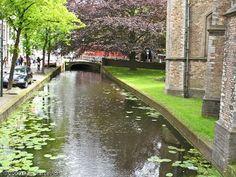 Delft, Amsterdam canal