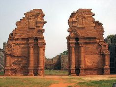 Mision San Ignacio Mini, Misiones, Argentina. Latin America, South America, Visit Argentina, Beautiful Ruins, Oh The Places You'll Go, Amazing Places, Geography, Mount Rushmore, The Good Place