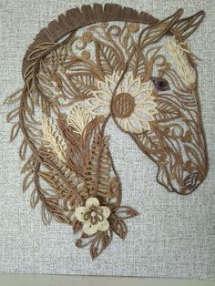 1 million+ Stunning Free Images to Use Anywhere Feather Wall Decor, Feather Crafts, Burlap Christmas, Diy Christmas Ornaments, Craft Bells, Twine Crafts, Horse Coloring Pages, Pattern Sketch, Peacock Art