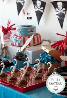Childrens Pirate themed party (SAVE DECORATIONS from suess party or from pirate party to make the other. Pirate Birthday, Pirate Theme, 3rd Birthday Parties, Birthday Fun, Birthday Ideas, Pirate Cupcake, Party Time, First Birthdays, Childrens Party