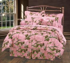 The Luxury Pink Camo Bedding Set is a unique blend of rustic outdoor charm and beautiful contemporary styling. This stunning camouflage bedding ensemble features a gorgeous display of leafy oak camo patterning against a deep pink background