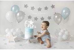 These are the soft blue highlights I adore! Boys First Birthday Party Ideas, 1st Birthday Pictures, 1st Birthday Decorations, One Year Birthday, Baby Boy First Birthday, Baby Cake Smash, 1st Birthday Cake Smash, Bebe 1 An, 1st Birthday Photoshoot