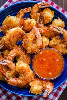 Coconut Shrimp are crisp on the outside with succulent juicy shrimp inside. Do not skip the 2 ingredient coconut shrimp sauce and squeeze of lime juice. Shrimp Sauce Recipes, Coconut Shrimp Dipping Sauce, Fried Coconut Shrimp, Coconut Shrimp Recipes, Breaded Shrimp, Seafood Recipes, Fried Rice, Shrimp Appetizers, Shrimp Cakes