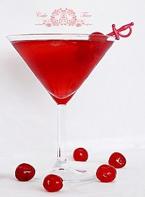 Wariant A białej wódki 12 ml Triple Sec/ Cointrea… Triple Sec, Cocktails, Drinks, Martini, Alcohol, Tea, Tableware, Glass, Kiwi