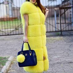 Fur Fashion, Fashion Looks, Womens Fashion, Fabulous Fox, Stunning Brunette, Winter Fur Coats, Fox Fur Coat, African Fashion, African Style